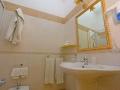 camera matrimoniale + aggiunta letto piano primo con balcone
